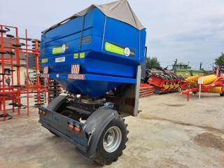 Distribuitor de îngrășăminte 2500 litri (azot), tractat, BUFER